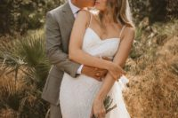01 This couple was born in Russia, moved to Canada, met there but decided to tie the knot in a private villa in Spain