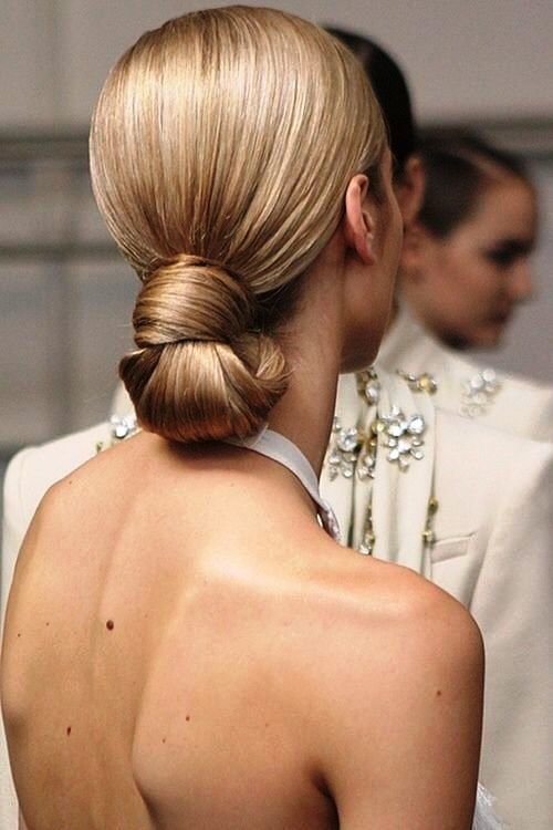 25 Modern And Minimalist Wedding Hairstyles Weddingomania