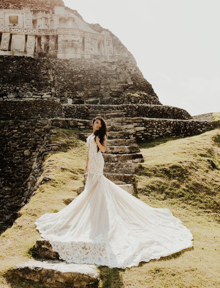 This destination wedding took place in Belize, in the ruins of an ancient Mayan temple