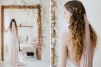 blush veil for a stylish bride