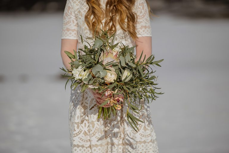 The bridal bouquet was textural, with neutral blooms