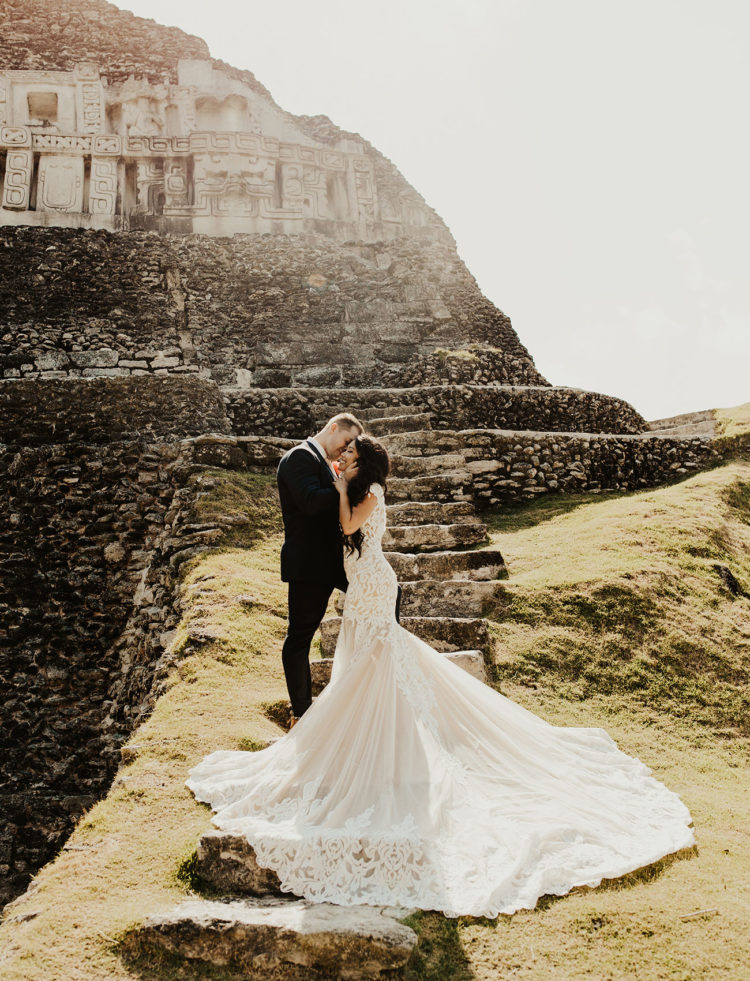 What an amazing couple and what a gorgeous place they chose to tie the knot