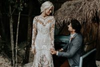 09 I totally love the dress and the whole bridal look perfectly polished in glam boho style