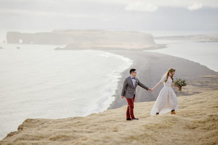 The couple took a walk and enjoyed the landscapes of Iceland