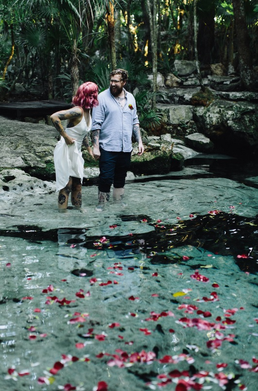 The couple went to have fun in the cenote after the ceremony