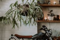 10 The greenery and blooms softened industrial decor