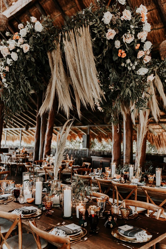 The venue felt really tropical with much greenery, pampas grass and flowers hanging overhead