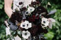 03 an elegant wedding bouquet with white anemones, dark purple dahlias and cascading greenery