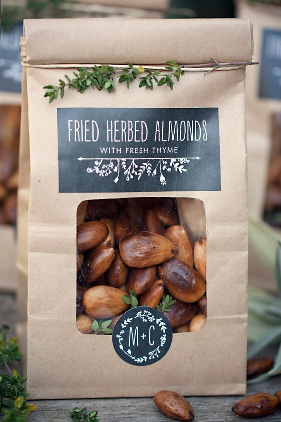 coffee paper bags with chalkboard labels and fried almonds for any rustic wedding, not only a fall one