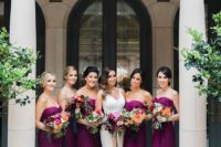 06 strapless fuchsia maxi dresses look very bright and elegant adding color to the wedding