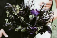 09 a dark wedding bouquet with black callas and dahlias, greenery and black grasses