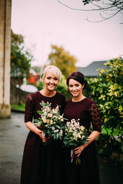burgundy lace midi dresses with a scoop neckline, long sleeves and an A-line skirt for a fall wedding