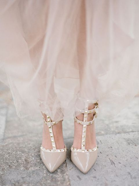 nude spiked wedding shoes will be a bold take on classic nude ones and will be very eye-catching
