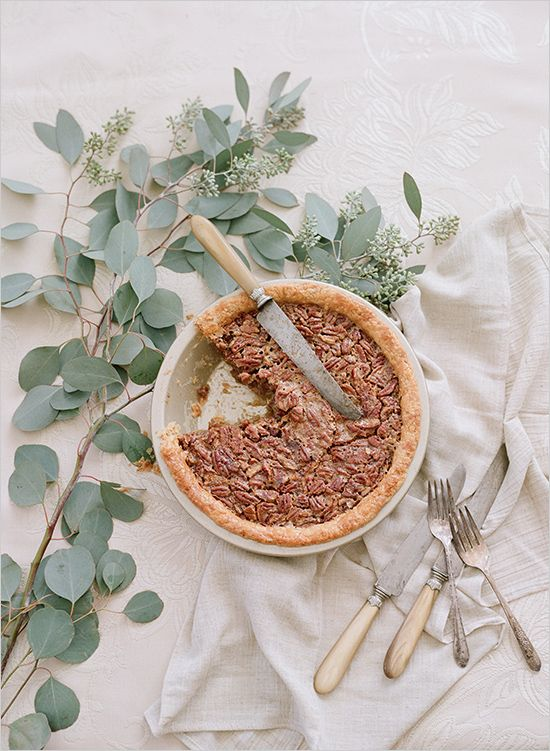 a pecan pie is another great option for the fall, tasty and warming up