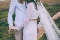25 a lace bridal separate a white hat with wildflowers and a long veil for a summer boho look