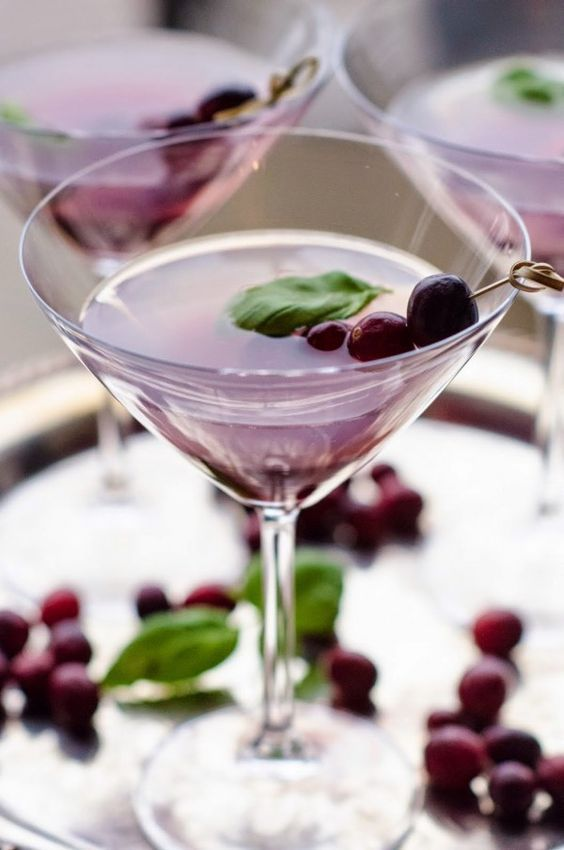 сranberry basil cosmopolitan is a great signature drink for your fall bridal shower