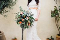 04 The wedding bouquet was chic and textural, with peachy blooms and lots of greenery