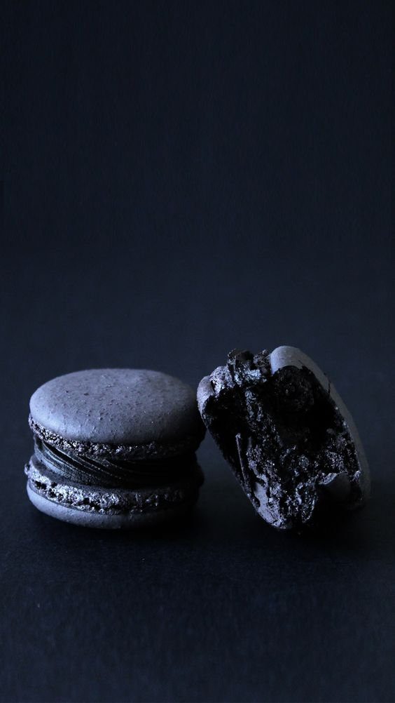 black truffle macarons are a refined and delicious idea of a Halloween foodie favor
