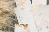 05 imperfect gold foil invites look very chic and cool and a marble effect makes them trendy
