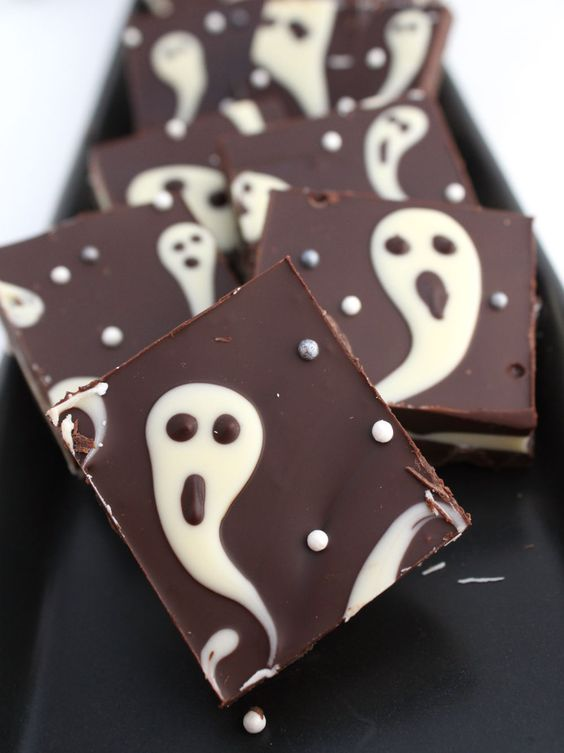 Halloween ghost chocolate bark is a fun and whimsy idea, which can be DIYed