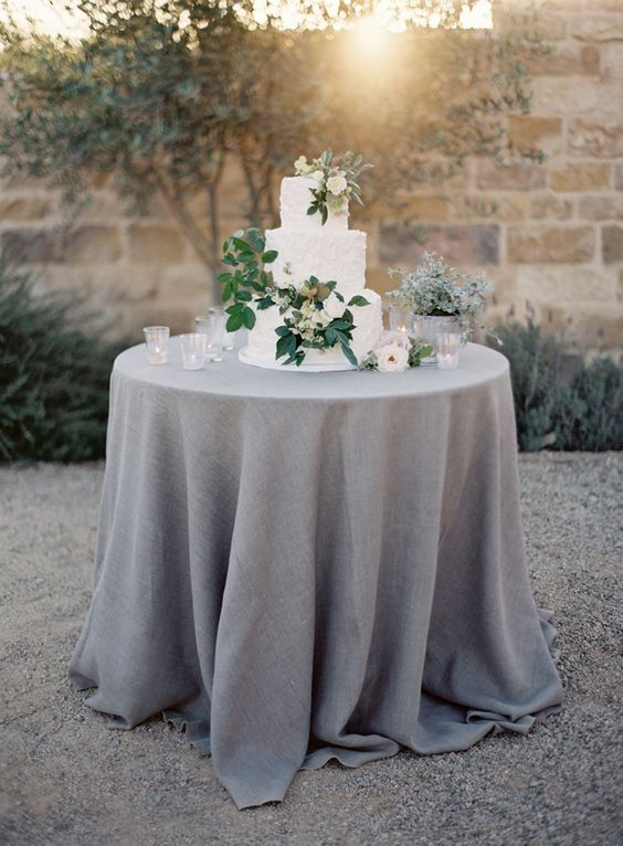 make sure that your tablecloth covers the table completely for an elegant look