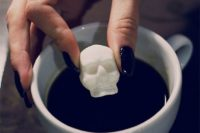 20 skull sugar cubes are a great and simple idea for a Halloween wedding favor