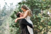 01 This couple went for a boho chic wedding with an elegant feel and much greenery