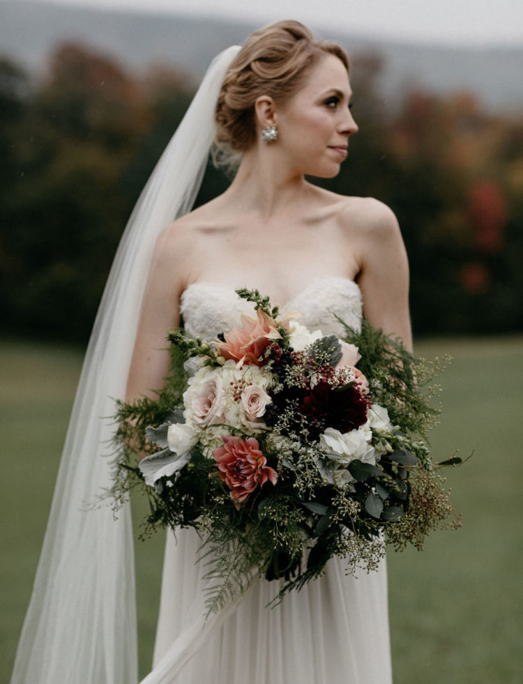 This fall wedding was a vintage inspired one as the couple owns a 200 year old house, where the wedding took place