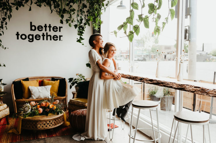 This gorgeous wedding shoot is a retro boho inspired one, with a retro color palette