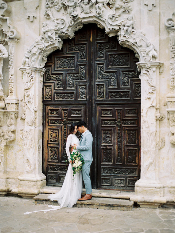 Gorgeous Fall Spanish Wedding Shoot