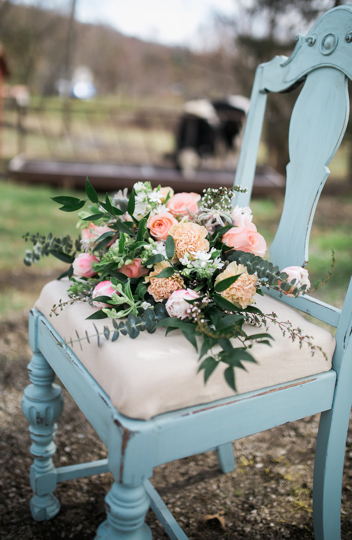 The wedding bouquet was a romantic one, with peachy and pink blooms and much texture