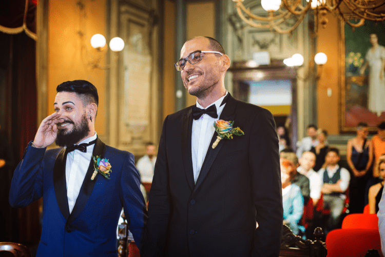 The couple got married in a city hall
