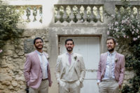 06 The groomsmen were wearing a color palette of ivory and pale candy pink