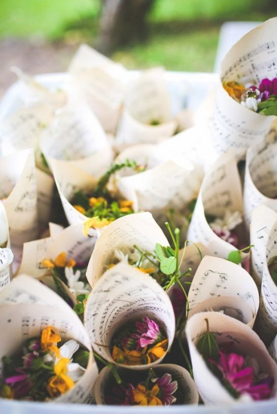 use wildflowers instead of usual flower petals to highlight your relaxed and informal flair