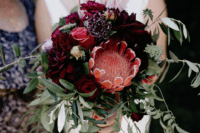gorgeous bouquet that is perfect for a fall wedding