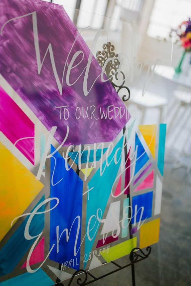 Acrylic signage with bolc color blocking is great for modern colorful wedding