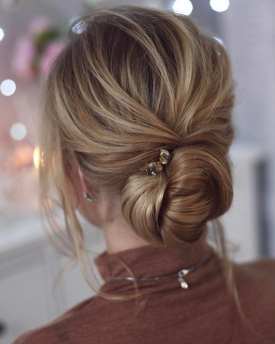 Hairstyle For Wedding Party Guest: 25 Easy And Chic Wedding Guest Hairstyles