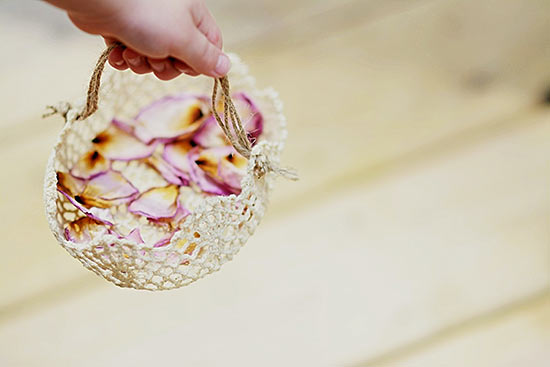 DIY little doily flower girl basket (via factorydirectcraft.com)