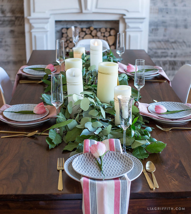 DIY eucalyptus and salal wedding table runner (via liagriffith.com)