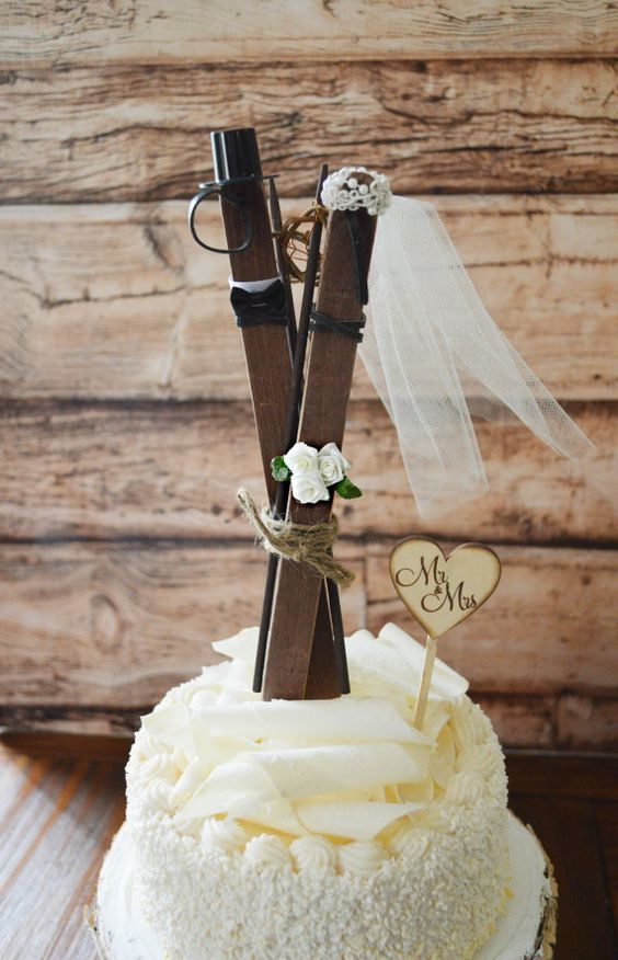 a ski wedding cake topper is great for a lodge, mountain or woodland wedding or if you two just love skiing