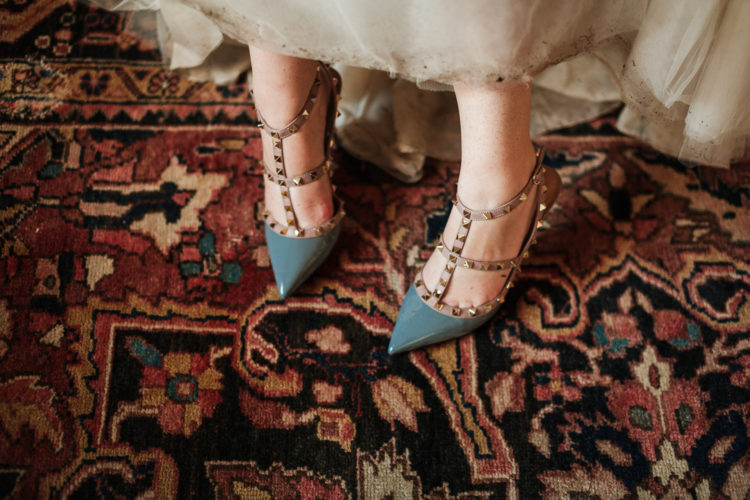Here are gorgeous studded bridal shoes, aren't they chic