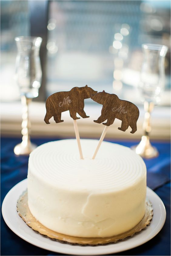 plywood or wood bear cake toppers are a simple idea for a woodland or rustic wedding in winter