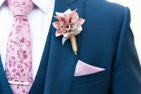 18 paper flowers are a great alternative to usual ones and look no worse, make some for your boutonniere