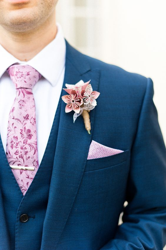 paper flowers are a great alternative to usual ones and look no worse, make some for your boutonniere