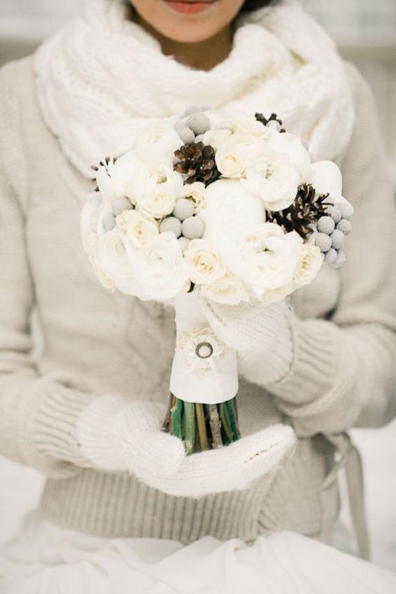 white mittens is classics for every winter bride, you can knit them yourself if you are familiar with knitting