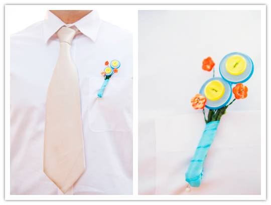 DIY colorful button boutonniere (via www.inspiredbride.net)