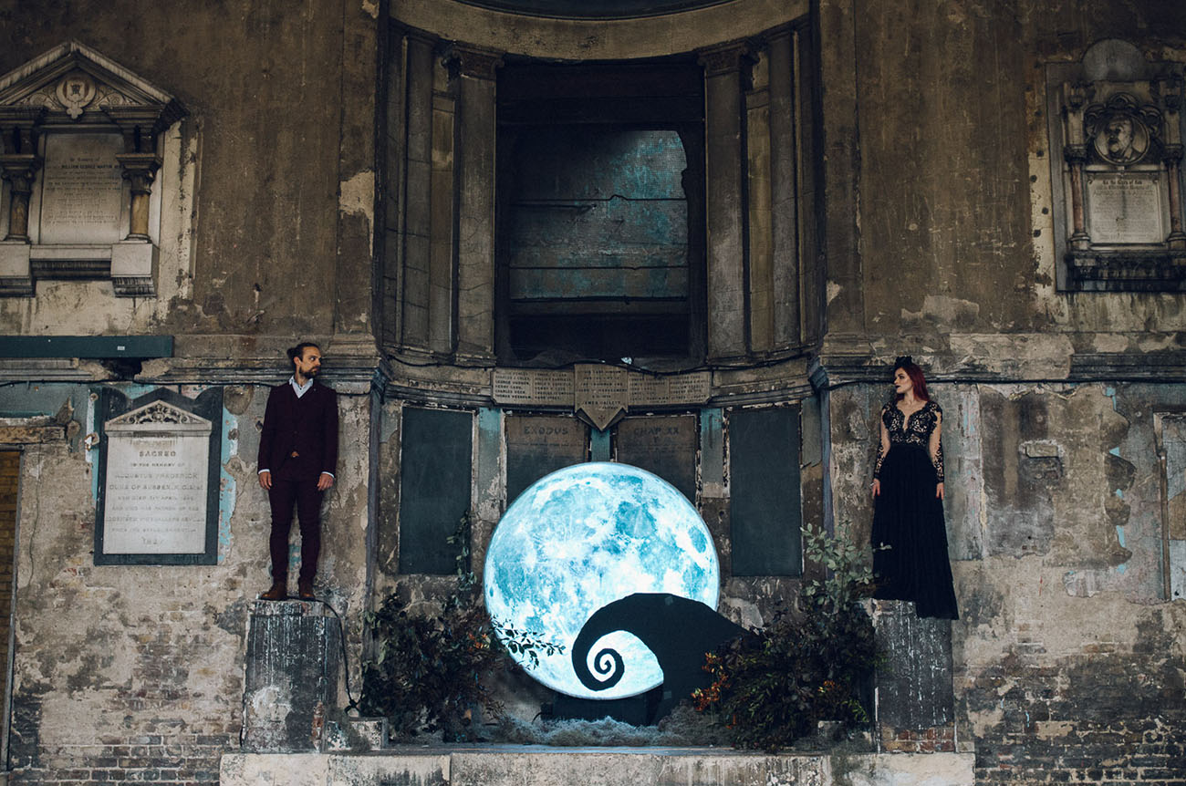 This gorgeous wedding shoot is inspired by Tim Burton, these are Jack Skellington and Sally