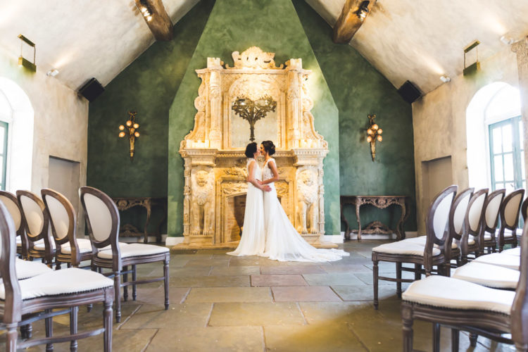 The ceremony space was very chic and refined, with antique decor and sophisticated chairs