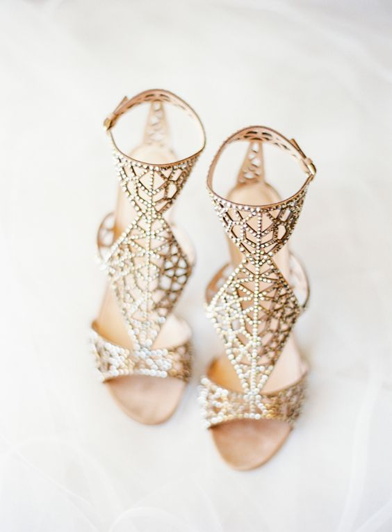 gorgeous gold laser cut wedding shoes with rhinestones for a sophisticated and chic bridal look