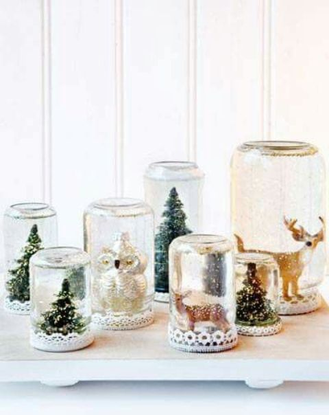 amake a variety of snowglobes of mason jars yourself and present them to the guests